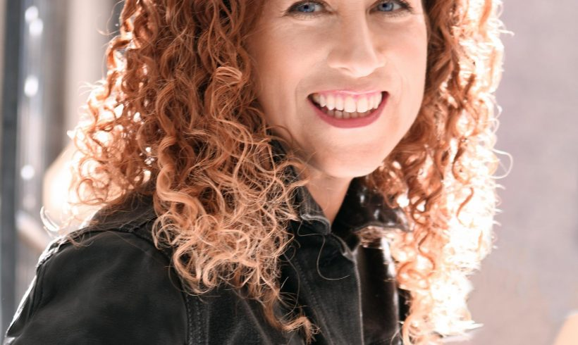 VIDA Reads with Writers – Jodi Picoult!